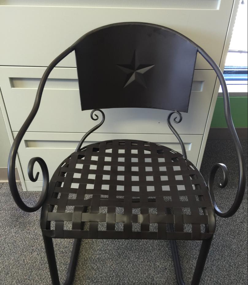 H-E-B Recalls Star Chairs Due to Fall Hazard